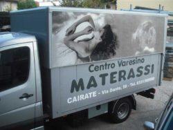 decorazione-automezzi-Decor-Grafica-Furgone-Centro-Varesino-Materassi