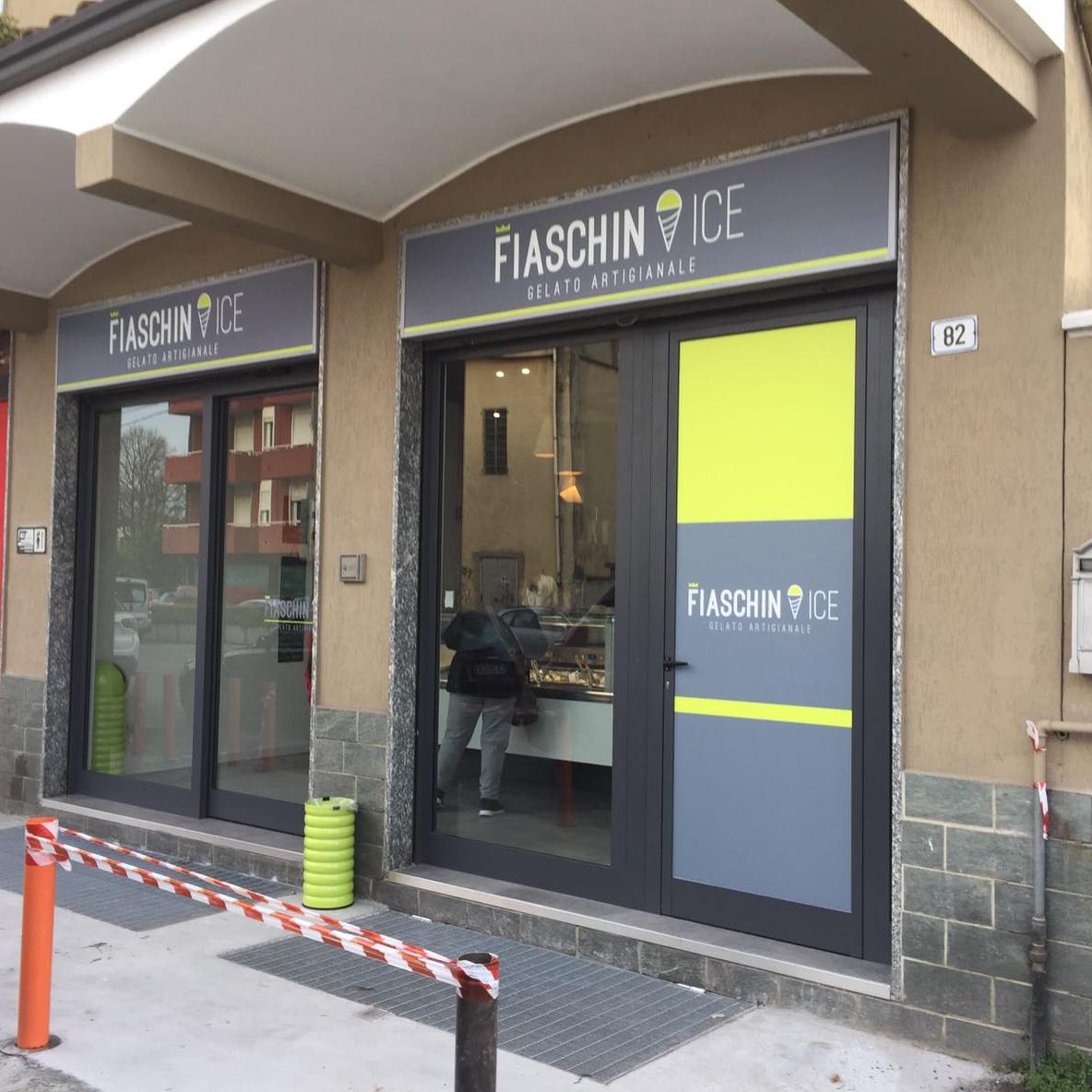 Insegna cassonetto retroilluminato - FIASCHIN ICE